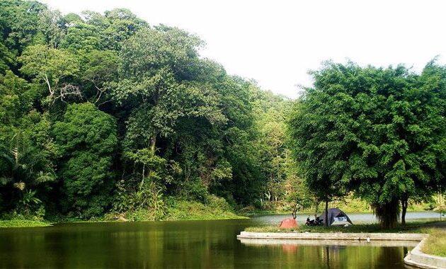 45 Tempat Wisata Di Majalengka 2020 Paralayang Menarik Kebun
