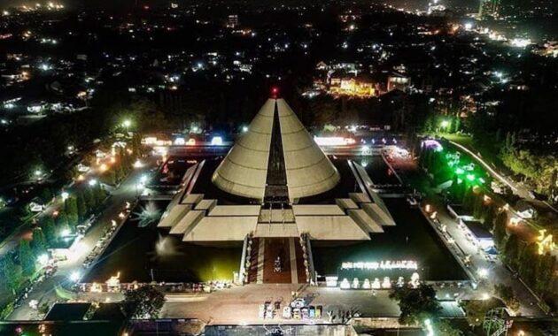 10 Gambar Isi Monumen Jogja Kembali 2020 Harga Tiket Masuk Jam Buka Sejarah Monjali Jejakpiknik Com