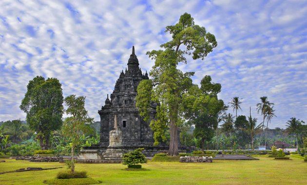 10 Gambar Candi Sojiwan Klaten, Harga Tiket Masuk, Sejarah Legenda, Lokasi Alamat, Jam Buka Tutup, Misteri Mitos + Keunikan Relief