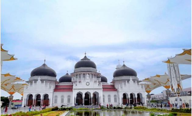 10 Gambar Masjid Raya Baiturrahman Aceh Lokasi Alamat Arsitektur