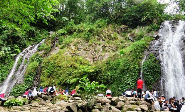 10 Gambar Air Terjun Pengantin Ngawi Harga Tiket Masuk