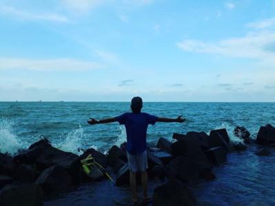 Kebebasan adalah Kehidupan | Instagram @ujek03