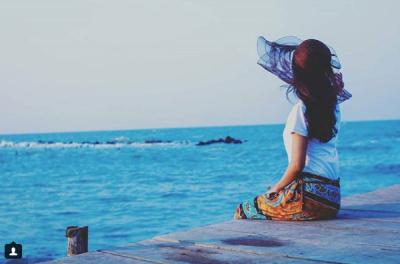 Menatap Laut | Instagram @febrisatrio