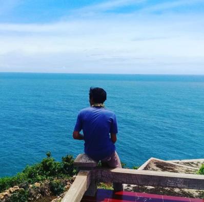 Menatap Masa Depan | Instagram @_adi_sumarna