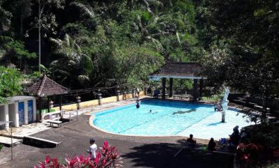 Kolam Renangnya Tidak Terlalu Kecil | Foto: google.com Take by Agung Nugroho
