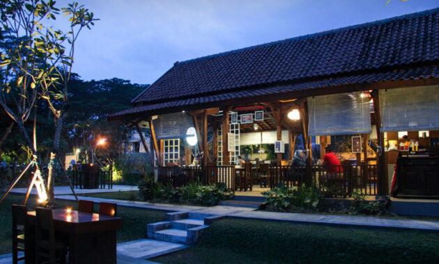 10 Cafe Romantis Di Malang Tempat Yang Ada Live Music Band Daerah Kota Jejakpiknik Com