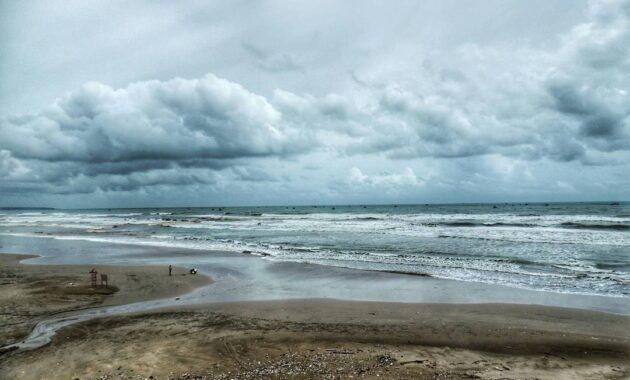 10 Foto Pantai Bagedur Banten 2021 Harga Tiket Masuk Sejarah Malimping Beach Jejakpiknik Com