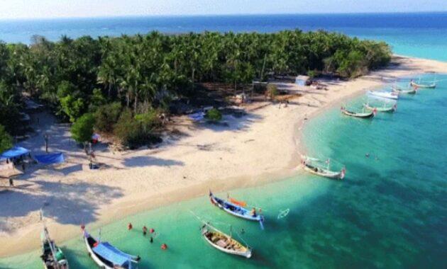 10 Gambar Pantai Di Madura Dekat Suramadu Yang Terdekat Dari Surabaya Paling Bagus Dan Terbaik Pasir Putih Jejakpiknik Com