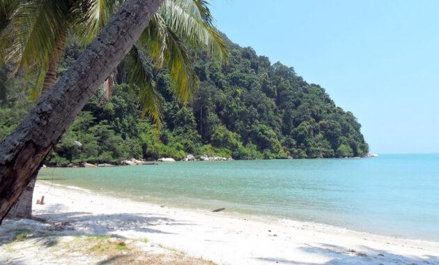 10 Gambar Pantai Di Malaysia Barat Tercantik Terbaik Yang Terkenal Ada Air Jernih Bagus Paling Bersih Dan Dekat Hotel Jejakpiknik Com