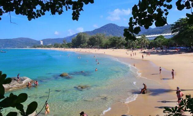 10 Gambar Pantai Di Thailand Film The Beach Yang Terkenal Paling Bagus Dekat Hotel Dan Wajib Dikunjungi Jejakpiknik Com