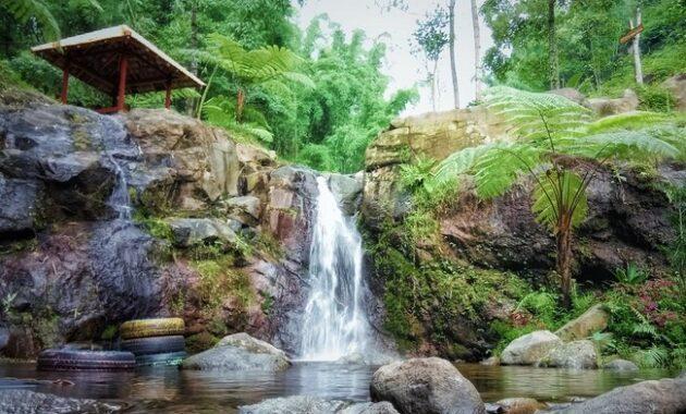 Wisata Ke Air Terjun Dlundung – Trawas – Mojokerto
