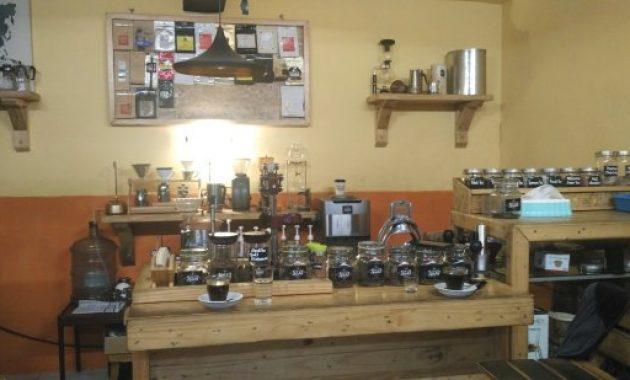 6 Tempat Ngopi di Balikpapan, Coffee Shop Kedai Kopi ...