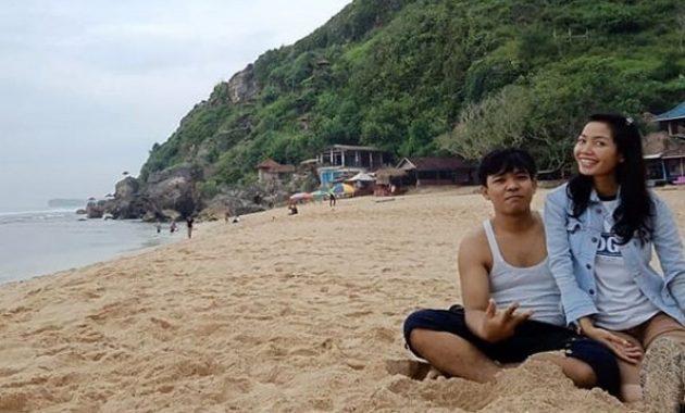 10 Gambar Pantai Pok Tunggal Beach Wonosari Jogja 2020 Lokasi Alamat Rute Dari Solo Jejakpiknik Com
