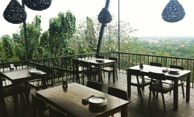 Tempat Wisata Bukit Gronggong Cirebon Jawa Barat, Lokasi Hotel |  JejakPiknik.com