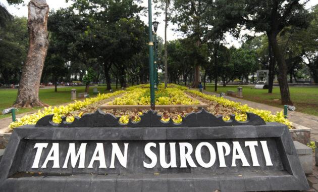 10 Nama Taman Wisata Di Jakarta Pusat Daerah Kota Bunga Amfibi Bermain Bagus Indah Jejakpiknik Com